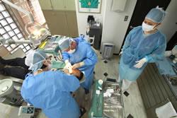 インプラント手術の風景